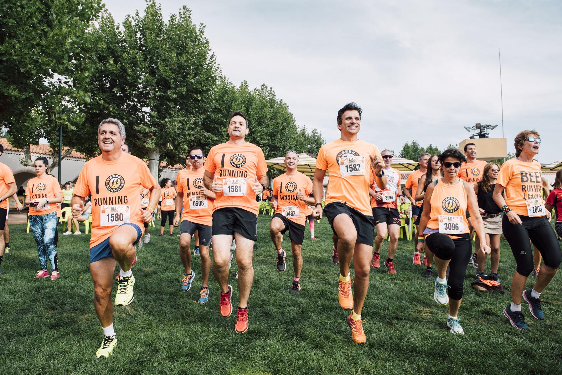 Ocho años de Beer Runners en Madrid, ¿te unes a la marea naranja?