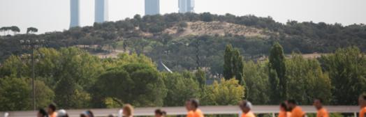 La impresionante marea naranja de Beer Runners Madrid